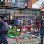 दोषीलाई   कारवाहीको माग गर्दै     २० दिनको यात्रा गरेर  काठमाडौं आइपुगेकी खान र सरकारबिच सहमति